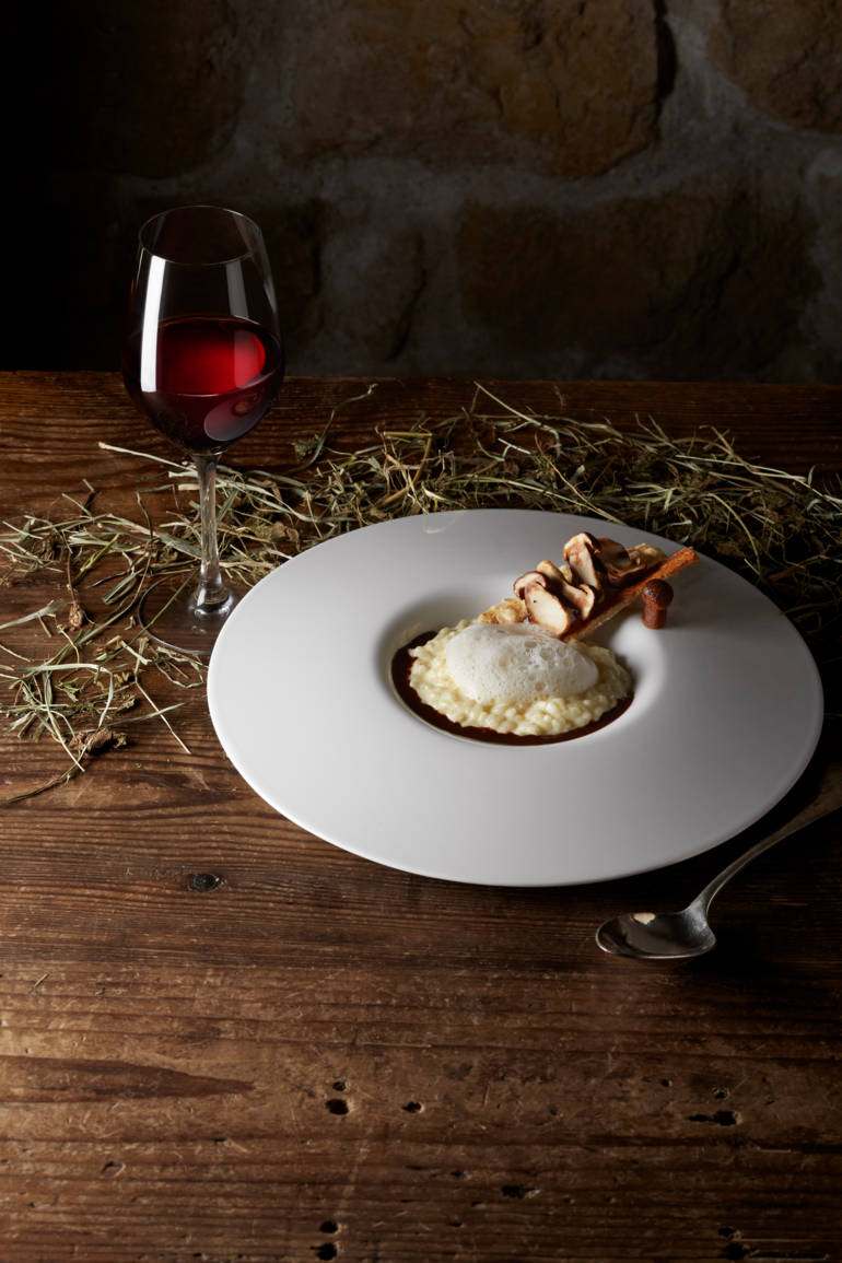 Acquerello Risotto over a Thick Cocoa Sauce with Tartine of Ceps