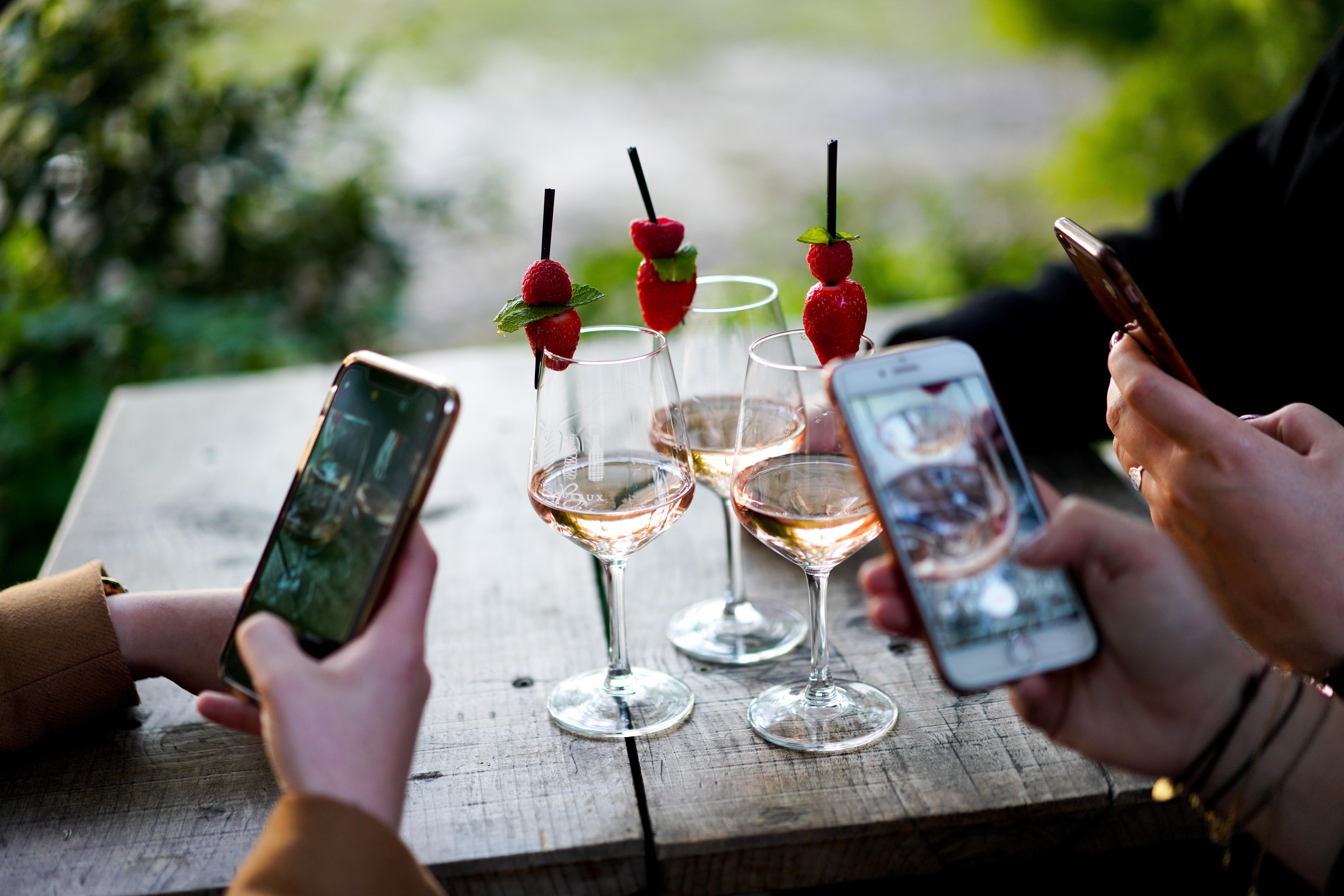 Les meilleures apps autour du vin