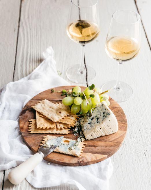 cheese wine crackers