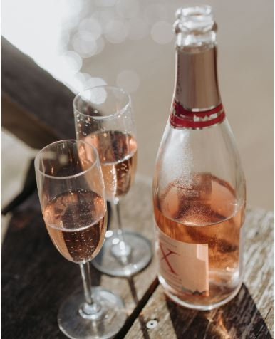 sparkling bordeaux wine rosé
