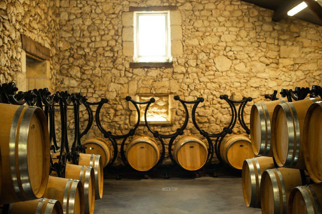 cave de vin tonneau à vin