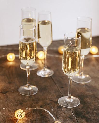 sparkling bordeaux white wine
