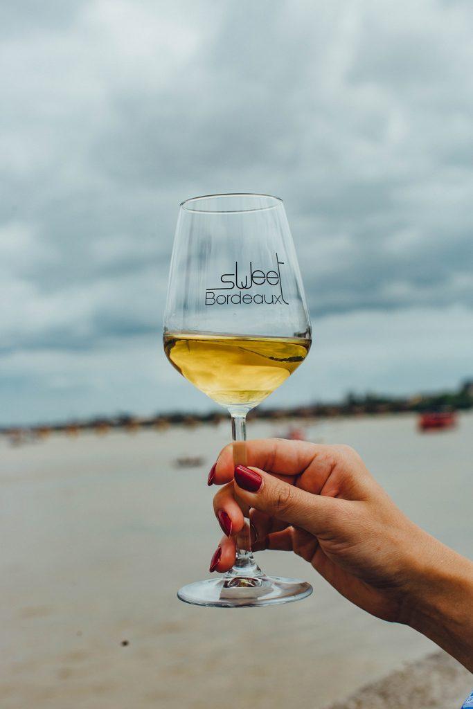 zoete wijn landschap zee
