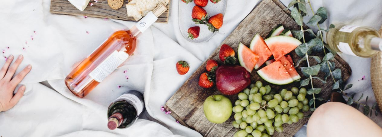 Three picnic ideas to enjoy in the sun this summer