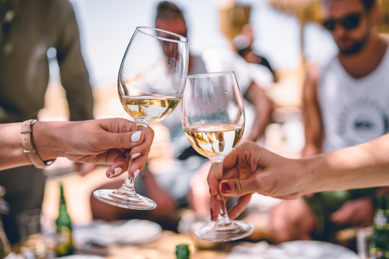White wine bordeaux