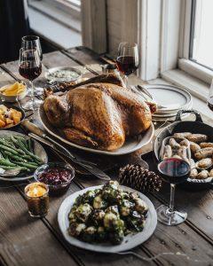 cristmas dinner meal bordeaux wine turkey