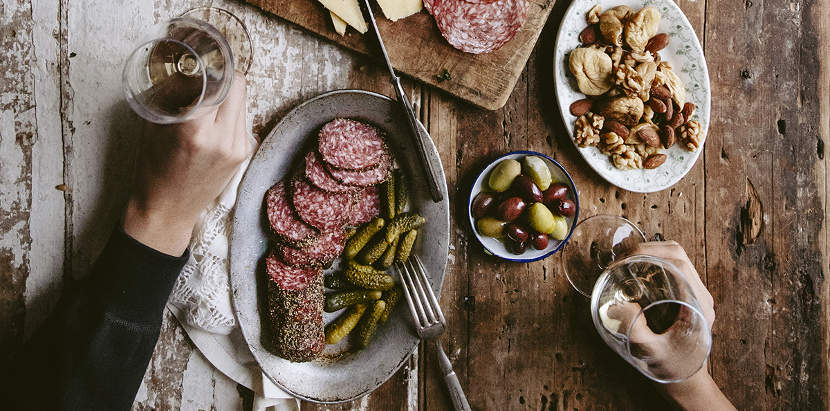 Try these new wine and charcuterie pairing ideas