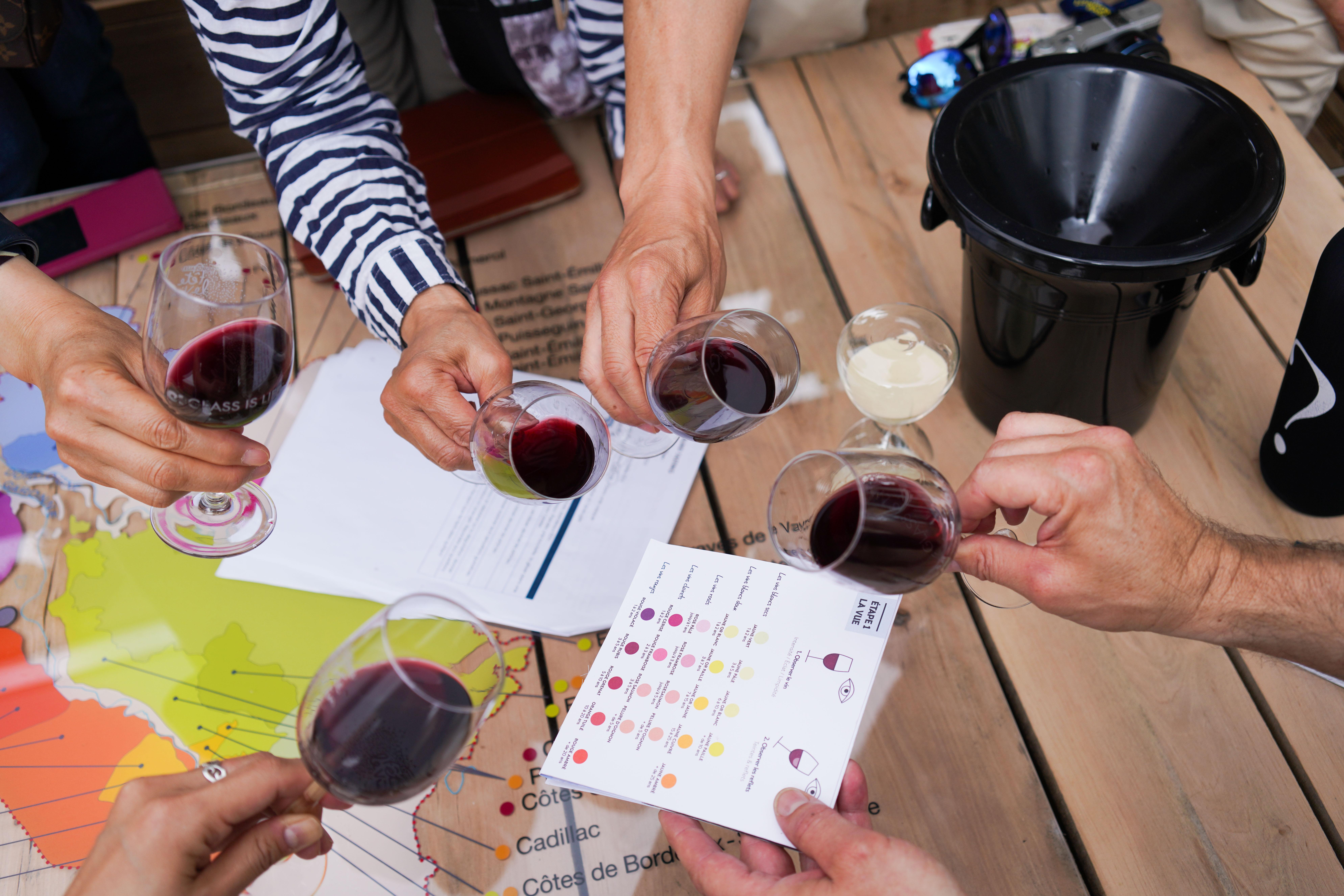 Pour la fête des pères, offrez un bon cadeau à l'École du Vin de Bordeaux
