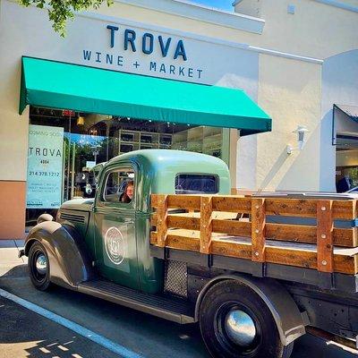 Portrait of Trova Wine + Market