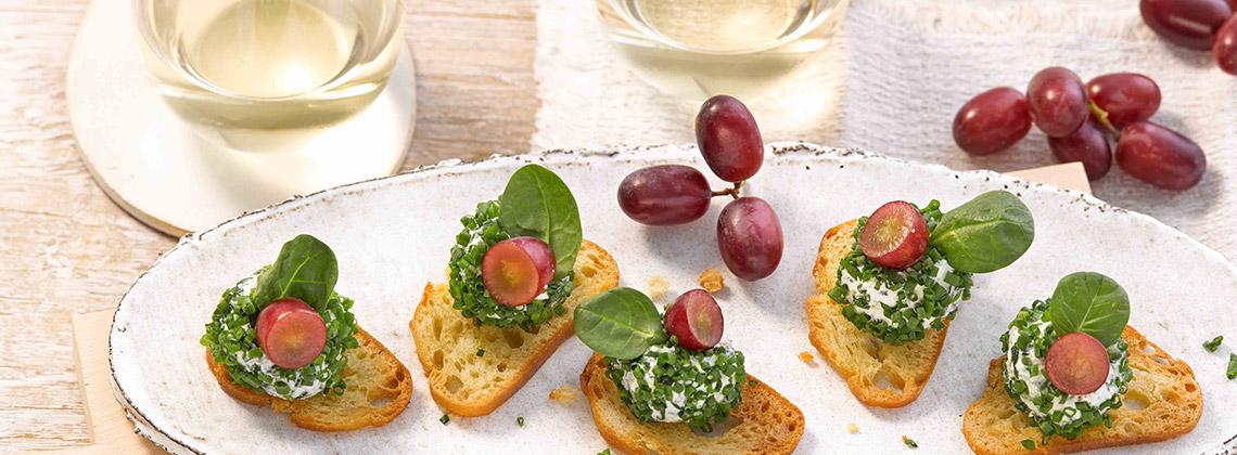 Ziegenfrischkäse zu Weißwein