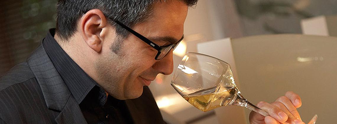 Proef wijn in 1, 2, 3, … 4!