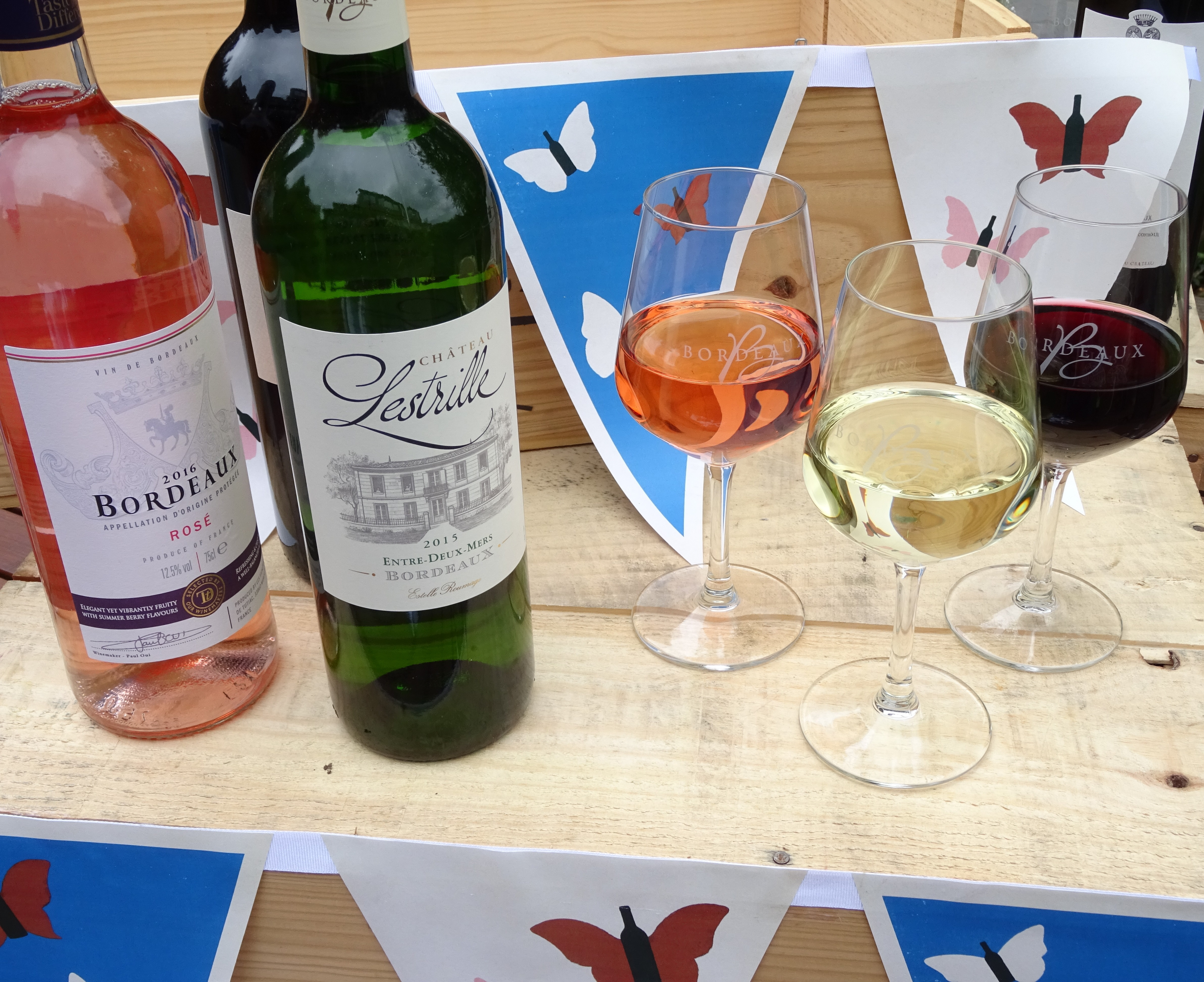 Flutter to the Bordeaux Butterfly Bar this summer!