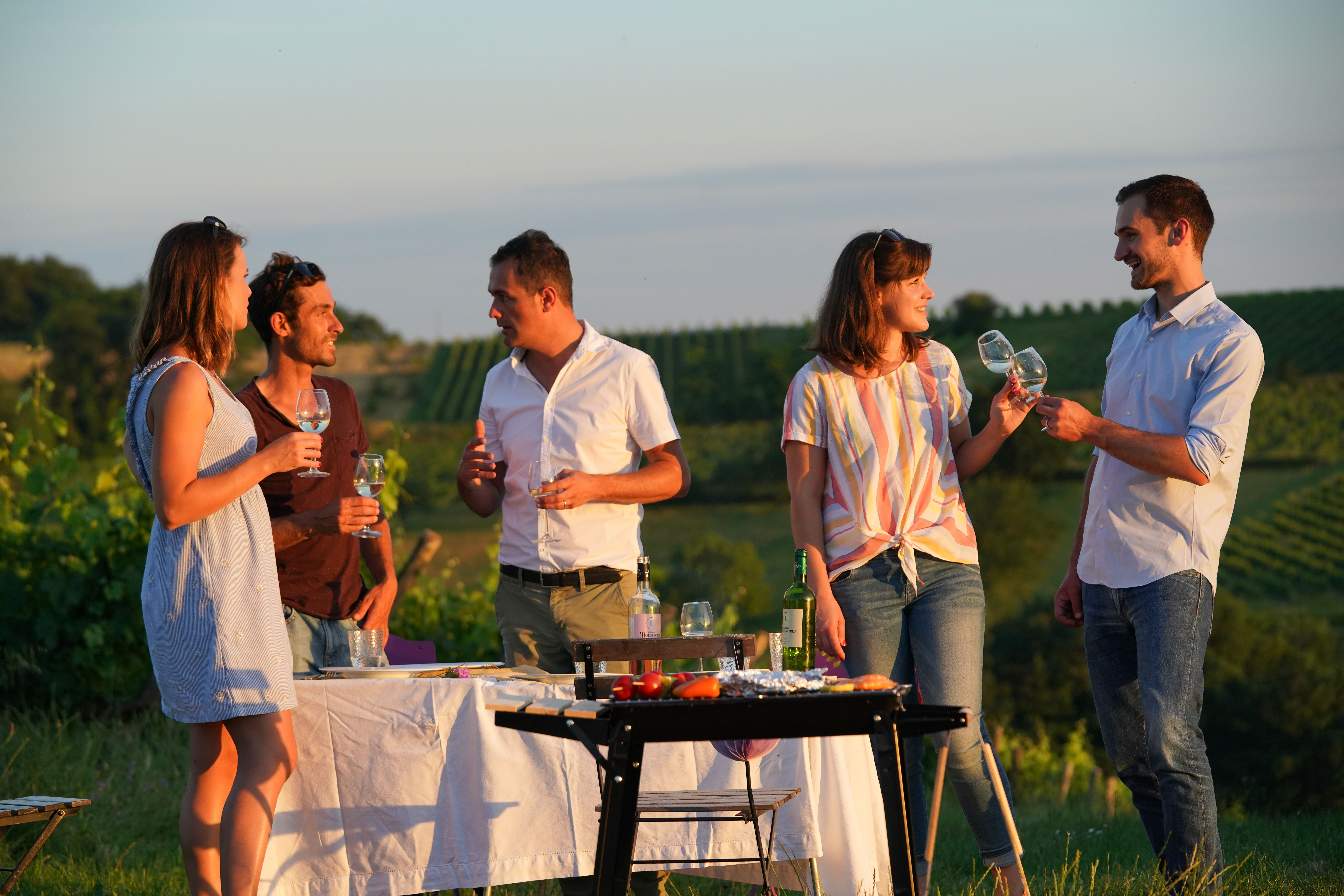 famille barbecue vin